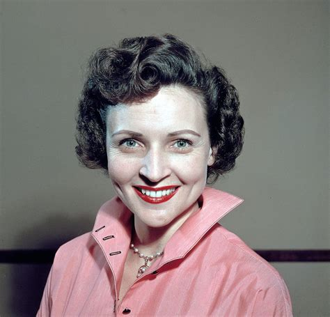 betty white pictures of betty white popsugar