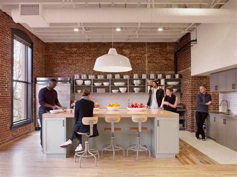 airbnb office airbnb headquarters portland oregon 187 retail design blog