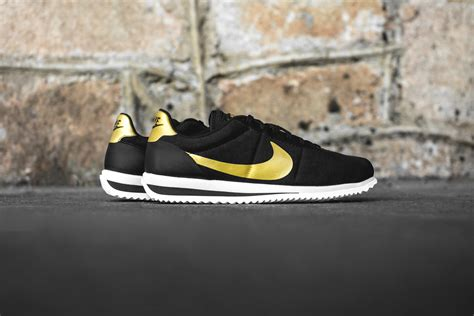 Nike Cortes 4 you can own bruno mars bowl halftime show nike cortez sole u