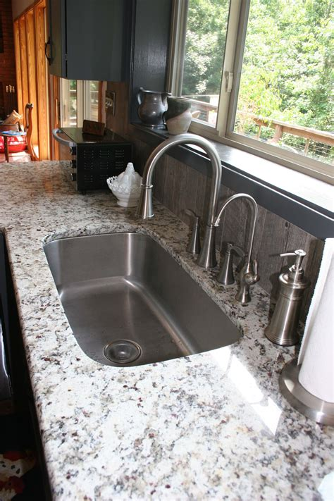 Kitchen Countertop Backsplash by Danbury Style With Oyster Glaze Kitchen Prince Amp Sons Inc