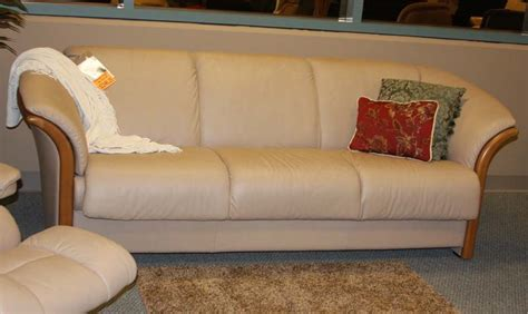 stressless sofa review stressless sofa reviews stressless sofa review rooms thesofa