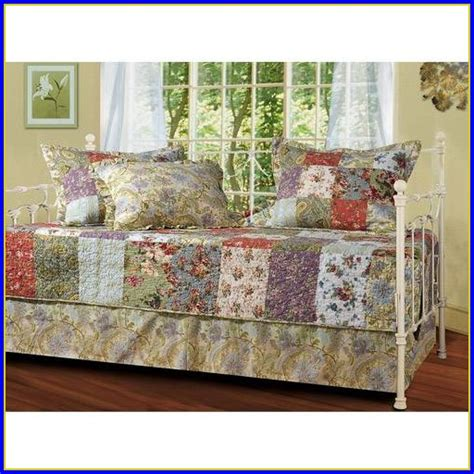 bedding sets with matching curtains daybed bedding sets with matching curtains bedroom