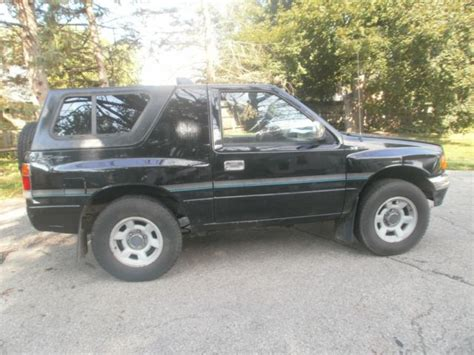 isuzu amigo hardtop 1994 isuzu amigo 2wd 2 6l 5 speed hardtop for sale