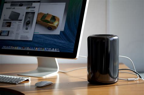 Pro Apple review apple mac pro wired