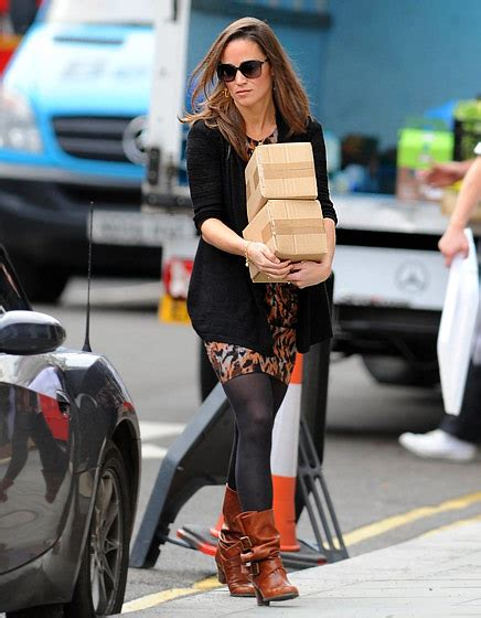 brown ankle boots with black fashion belief