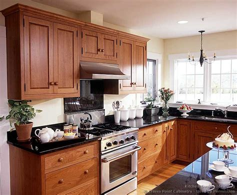 Kitchen Design With Shaker Cabinets Pictures Of Kitchens Traditional Light Wood Kitchen