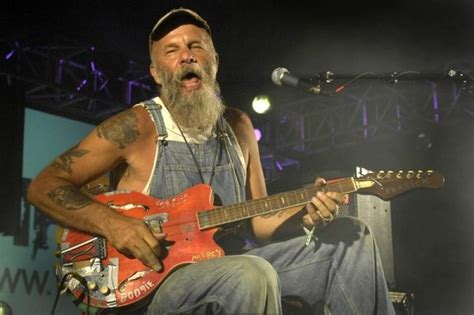 dog house music seasick steve seasick steve a myth unravels new music reviews news interviews the arts desk