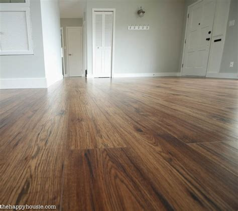 Laminate Flooring Diy 10 Great Tips For A Diy Laminate Flooring Installation The Happy Housie