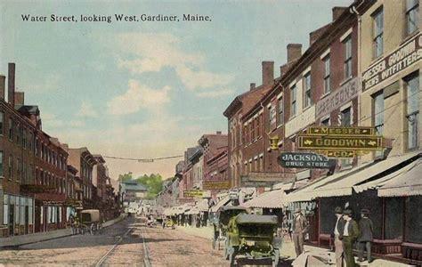 350 Sq Ft by Gardiner Maine Wikipedia
