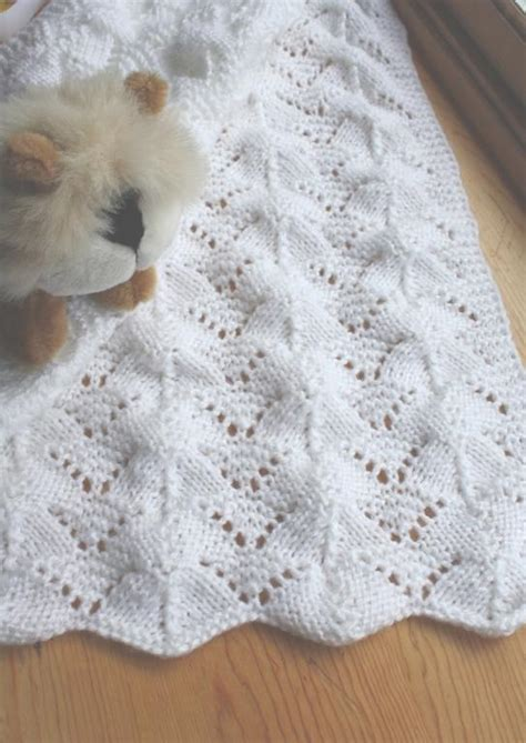 easy lace baby blanket knitting pattern free knitting patterns beginners will find simple