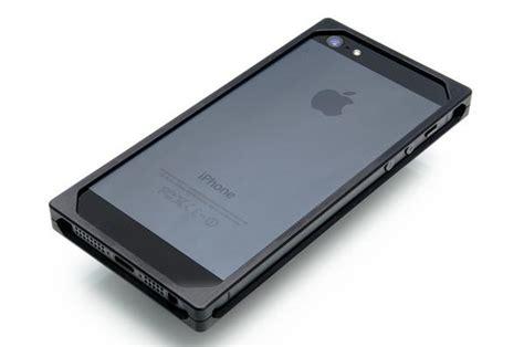 aluminum iphone 5s exovault exo17 aluminum iphone 5 gadgetsin