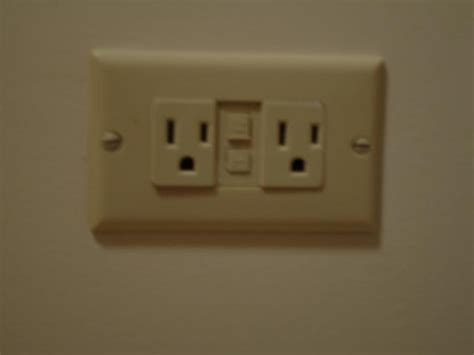 horizontal single receptacle electrician talk