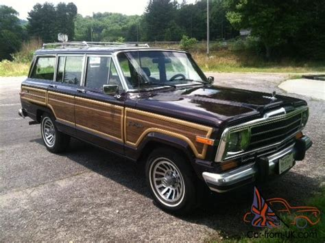 4wd Low Jeep Grand Jeep Grand Wagoneer Woody All Original New Paint Classic