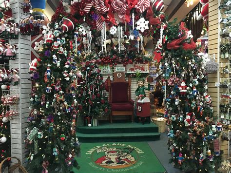 small town christmas christmas decorations pinterest small town christmas decorations christmas lights card