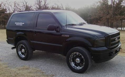 two door ford excursion