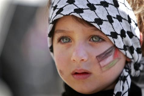 wallpaper anak palestina annie s new letters notes un welcomes state of palestine
