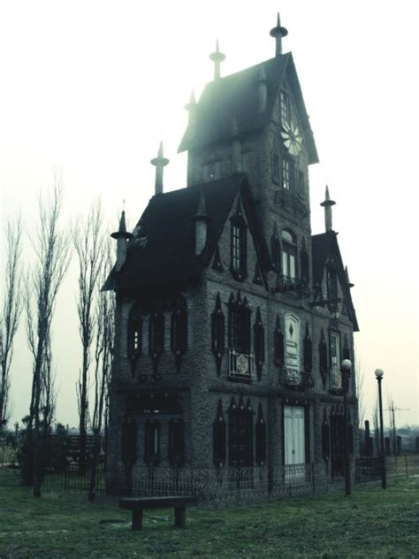 Gothic Victorian Style House Gothic Haunting Or On The | architecture steunk gothic victorian haunted house