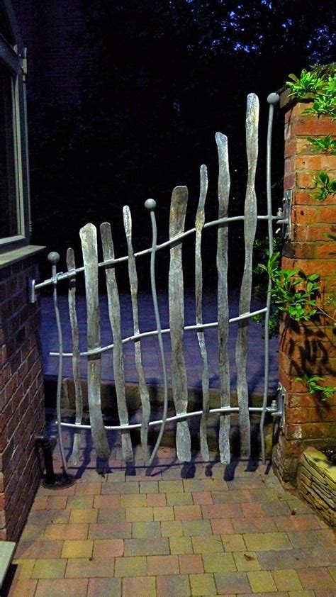 Metal Backyard Gates by The 25 Best Metal Garden Gates Ideas On Small