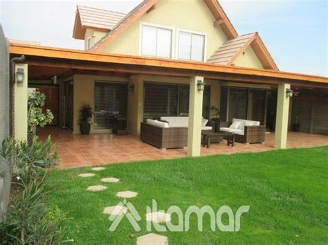 casas con cobertizos de madera cobertizo con pilares de concreto ideas remodelaci 243 n casa