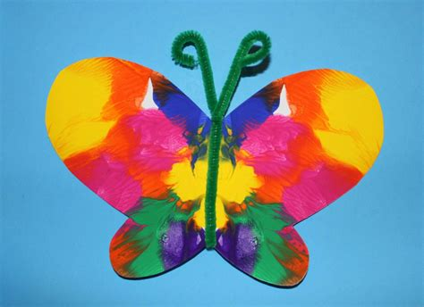 Preschool Crafts For Easy Butterfly by Symmetrical Painted Butterfly Craft The End In Mind