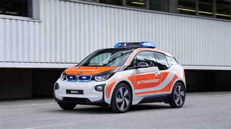 bmw five bmw to introduce five emergency vehicles at rettmobil