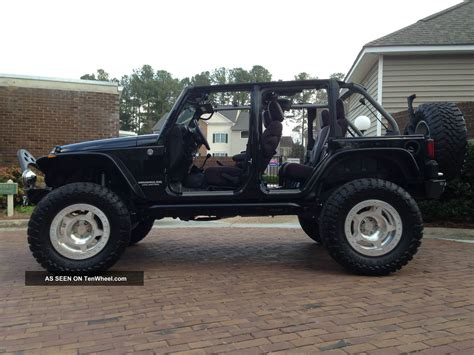 jeep wrangler 4 door jeep wrangler 4 door black lifted imgkid com the