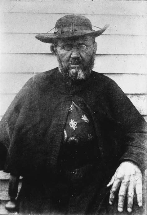 Pater Damiaan - Wikipedia