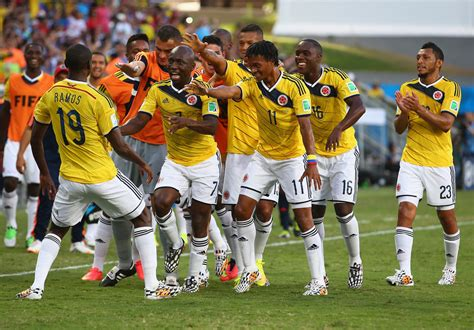 japan colombia world cup juan guillermo cuadrado pictures japan v colombia