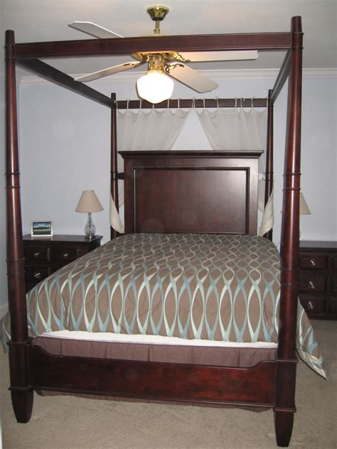 antique canopy bed antique canopy bed pulaski st raphael canopy bed