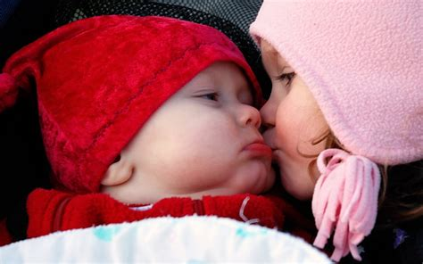 images of love n kiss cute babies girl and boy kissing wallpapers cool