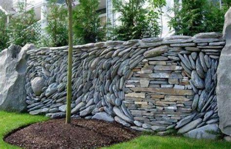 batu alam  dinding rumah