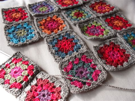 crochet granny square crochet square together crochet learn how to