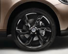 Volvo Rims Singapore V40 Cross Country Accessories Volvo Car Diplomat Sales
