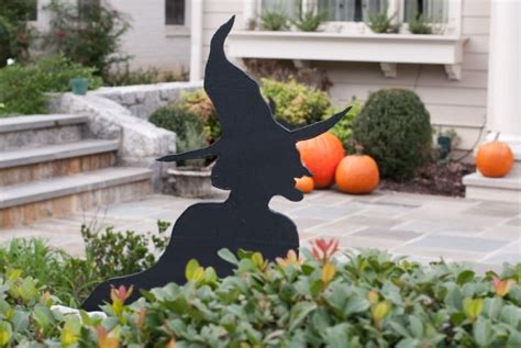 halloween decorations that you can make at home 25 best ideas about halloween lawn decorations on