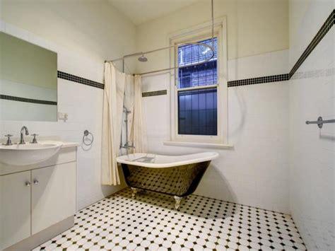 Moderne Badezimmer 3831 by Retro Bathroom Design With Claw Foot Bath Using Tiles