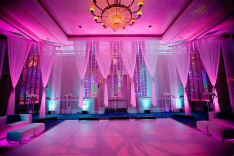 wedding lighting 15 ways to light up your wedding bridalguide