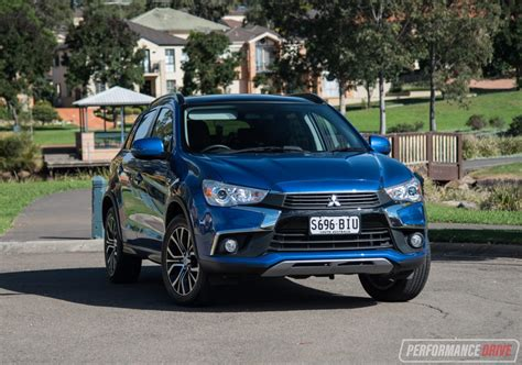 mitsubishi asx 2017 2017 mitsubishi asx xls review video performancedrive