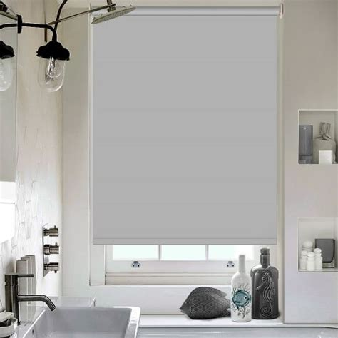 pvc roller blinds bathroom the 25 best bathroom blinds ideas on pinterest kitchen