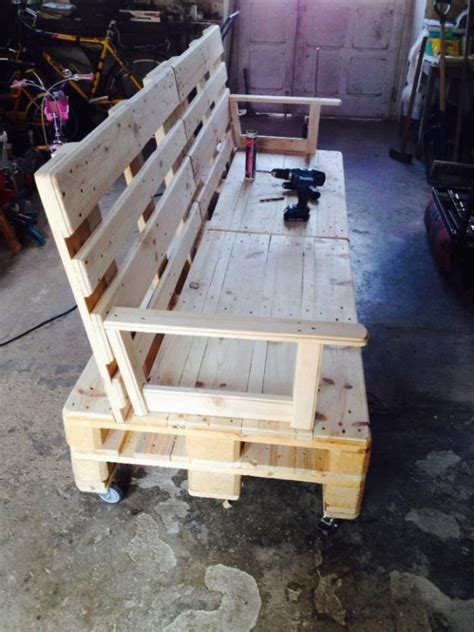 instructions for pallet couch 25 best ideas about pallet furniture instructions on