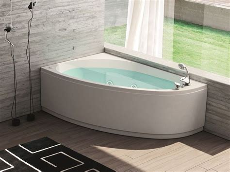 Badewanne 140x140 by 25 Best Ideas About Corner Bathtub On Corner