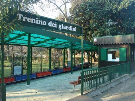 giardini pubblici indro montanelli il trenino per i bambini foto di giardini pubblici indro