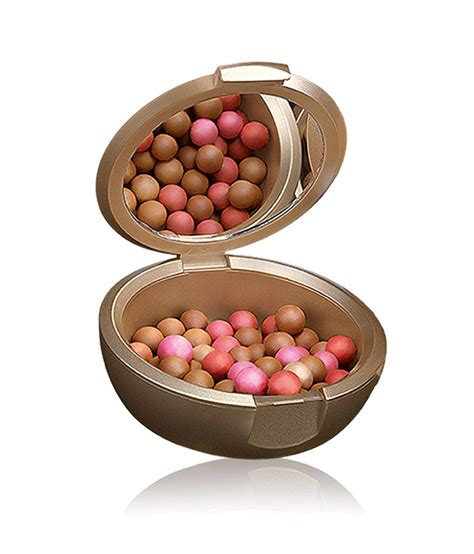 Oriflame Gg Bronzing Pearls Golden Edition 18 on oriflame giordani gold bronzing pearls on
