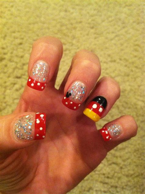 My Big Toe Discovery disney nails like the ring finger for my big toe the
