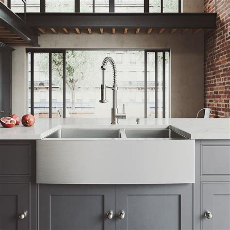 vigo stainless steel farmhouse sink vigo all in one farmhouse apron front stainless steel 33