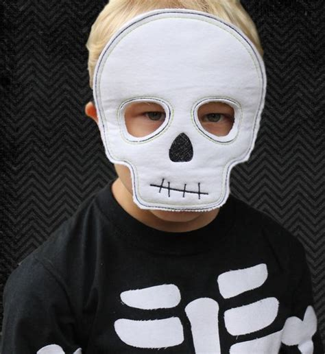 How To Make A Skull Mask Out Of Paper - spooktacular out ith skeleton mask by