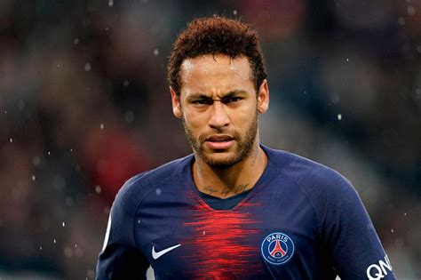 fc barcelona   sign neymar  loan  psg