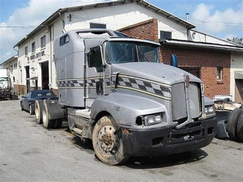 truck wreckers kenworth kenworth salvage trucks for sale used trucks on buysellsearch