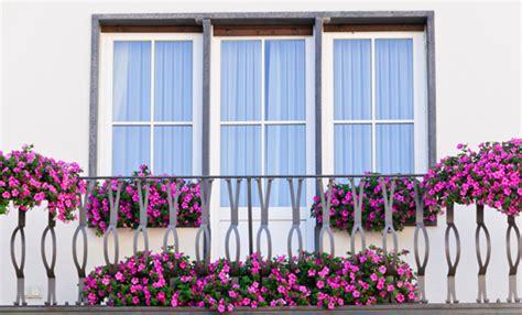ringhiera per balcone come pulire le ringhiere balcone senza prodotti