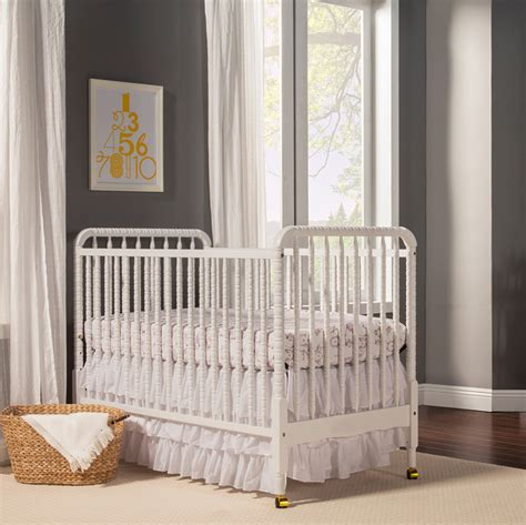 inexpensive baby crib 5 inexpensive cribs 200 project nursery