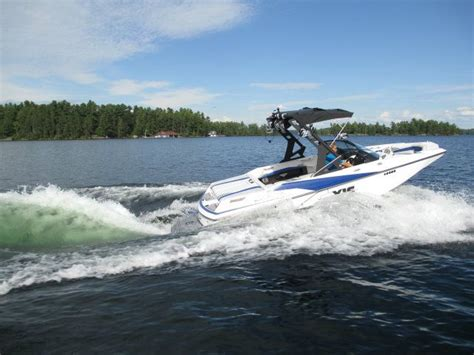 axis boats review 2016 axis wake a20 tested reviewed on us boat test
